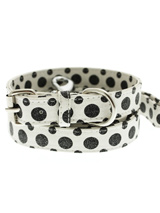 Black / White Polka Dot Glitter Collar & Lead Set - This striking black & white leather collar with stitched edging has a hint of glitter and will look great for walkies. A very smart addition to the wardrobe of any trendy pooch. Matching leather lead has silver clip with black & white polka dot glitter pattern.<ul><li><b>S-M</b> Width: 14mm</li><li>...